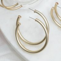 hoop earrings in gold